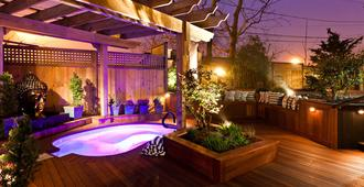 Crowne Pointe Historic Inn & Spa - Adults Only - Provincetown - Uima-allas