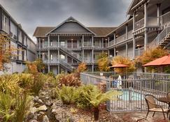 Best Western Plus Bayshore Inn - Eureka - Rakennus