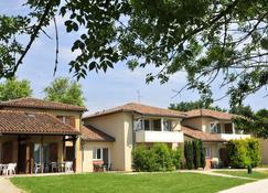 Club Vacanciel Les Rivages - Samatan - Building
