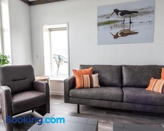 Vakantiewoning Oer it fjild - Holwerd - Living room