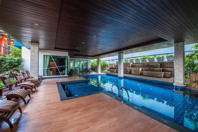 諾拉查汶酒店 - 蘇梅島 - 蘇梅島 - 游泳池