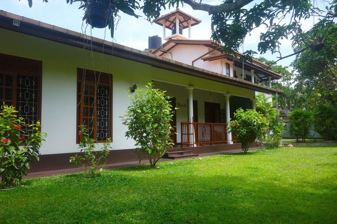 Manel Guesthouse - Galle - Building