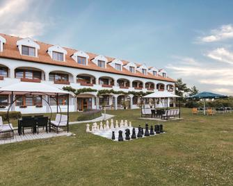 Hotel Mörbischerhof - Mörbisch am See - Building