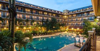 Angkor Paradise Hotel - Ciudad de Siem Riep - Pileta