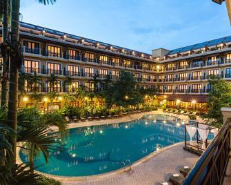 Angkor Paradise Hotel - Siem Reap - Pool