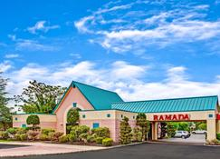 Ramada by Wyndham Parsippany - Parsippany - Building