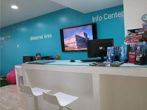 Bsea Cancun Plaza - Cancún - Front desk