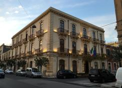 グランデ アルベルゴ アルフェオ - シラクーサ - 建物