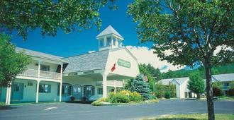 Green Granite Inn - North Conway - Building