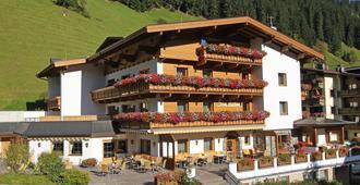 Hotel Pension Sonnleiten - Tux-Vorderlanersbach - Edificio