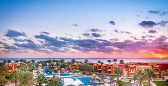 Magic Tulip Beach Resort & Spa - מרסה עלאם