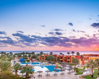 Magic Tulip Beach Resort & Spa - Marsa Alam - Pool