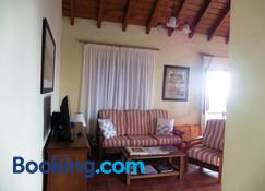 Casas Rurales Los Almendreros - Valverde - Living room