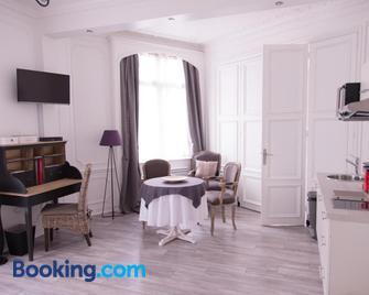 Chic Appart - Туркуен - Living room