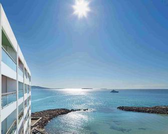 Pullman Cannes Mandelieu Royal Casino - Mandelieu-la-Napoule - Gebäude