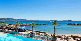 Pullman Cannes Mandelieu Royal Casino - Mandelieu-la-Napoule - Pool