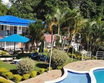 Finca Hotel Amaru - La Tebaida