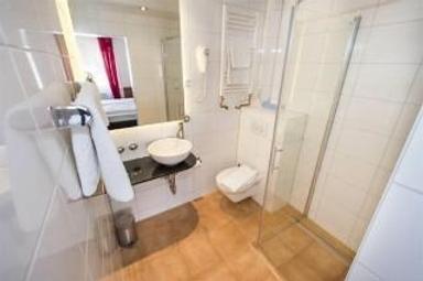 佛力登斯廣場酒店 - 司徒加特 - 浴室