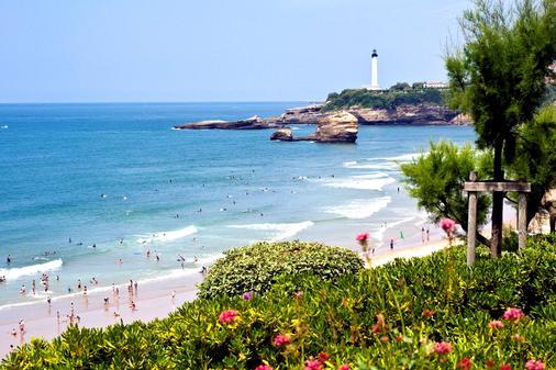 Radisson Blu Hotel, Biarritz - Biarritz - Beach