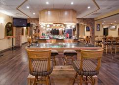 Holiday Inn Great Falls-Convention Center - Great Falls - Bar