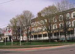 Middlebury Inn - Middlebury - Edificio