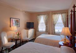 Middlebury Inn - Middlebury - Bedroom
