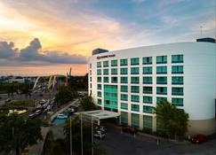 Crowne Plaza Villahermosa - Villahermosa - Edificio