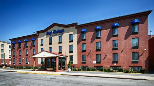 Best Western JFK Airport Hotel - Queens - Rakennus