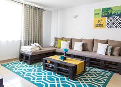 Sefu Furnished Apartments - Embakasi - Sala de estar