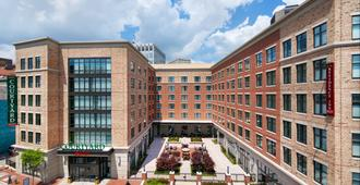 Courtyard by Marriott Richmond Downtown - Richmond - Rakennus
