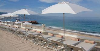 Plaza Pelicanos Grand Beach Resort - פוארטו ויארטה - חוף