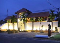 三角飯店 - 阿努拉德普勒 - 建築