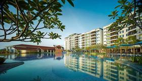Dayang Bay Resort Langkawi - Langkawi - Piscina