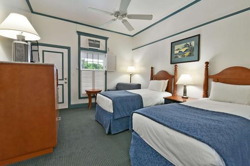 Best Western Pioneer Inn - Lahaina - Bedroom