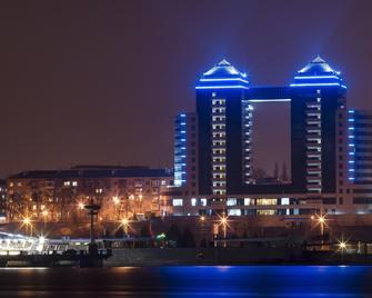 Khortitsa Palace Hotel - Запоріжжя - Building