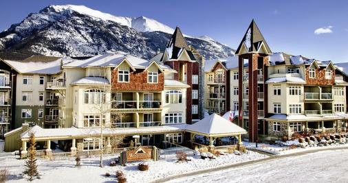 WindTower Lodge And Suites - Canmore - Gebäude
