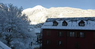 Alberg Toni Sors - Viella - Building
