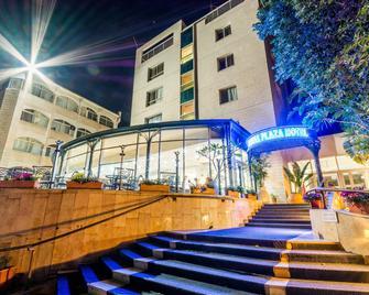 Royal Plaza Hotel - Tiberias - Building