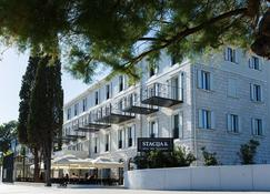 Hotel Stacija - Kastela - Building