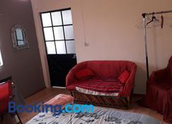 El laberinto hospedaje en casa - Morelia - Sala de estar