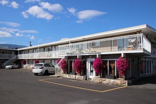 Plaza Motel - Penticton - Rakennus