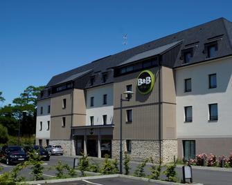 B&B Hotel Saint Malo Sud - Saint-Jouan-des-Guerets - Gebouw