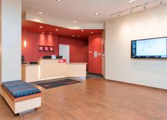 TownePlace Suites by Marriott Champaign Urbana/Campustown - Champaign - Ρεσεψιόν