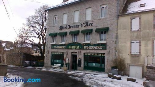 Hotel Jeanne d'Arc - Saint-Chély-d'Apcher - Building