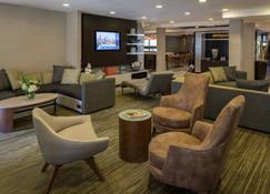 Courtyard by Marriott Anchorage Airport - Anchorage - Lounge