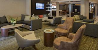 Courtyard by Marriott Anchorage Airport - אנקוראג' - טרקלין