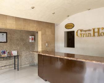Pequeno Gran Hotel - Aguascalientes - Reception