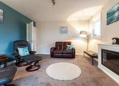 Corrie View - Fort William - Living room