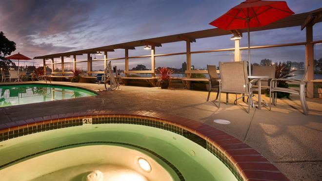 Best Western Plus Bayside Hotel - Oakland - Pool