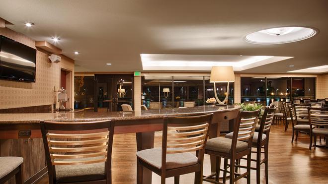 Best Western Plus Bayside Hotel - Oakland - Bar